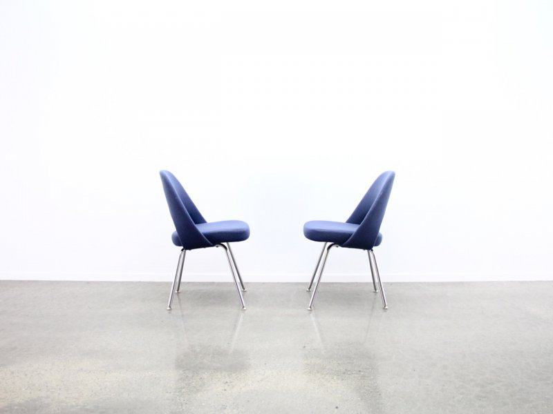Designer: Eero Saarinen - Producer: Knoll